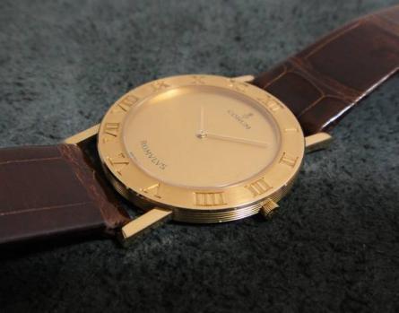 コルム腕時計買取り 王子