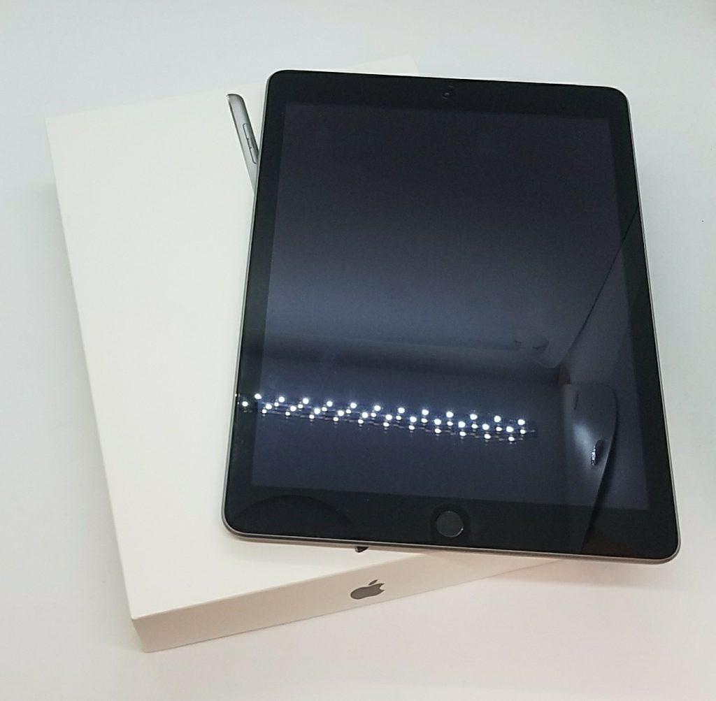 iPad(第5世代)Wi-Fi+Cellular 32GB ソフトバンク