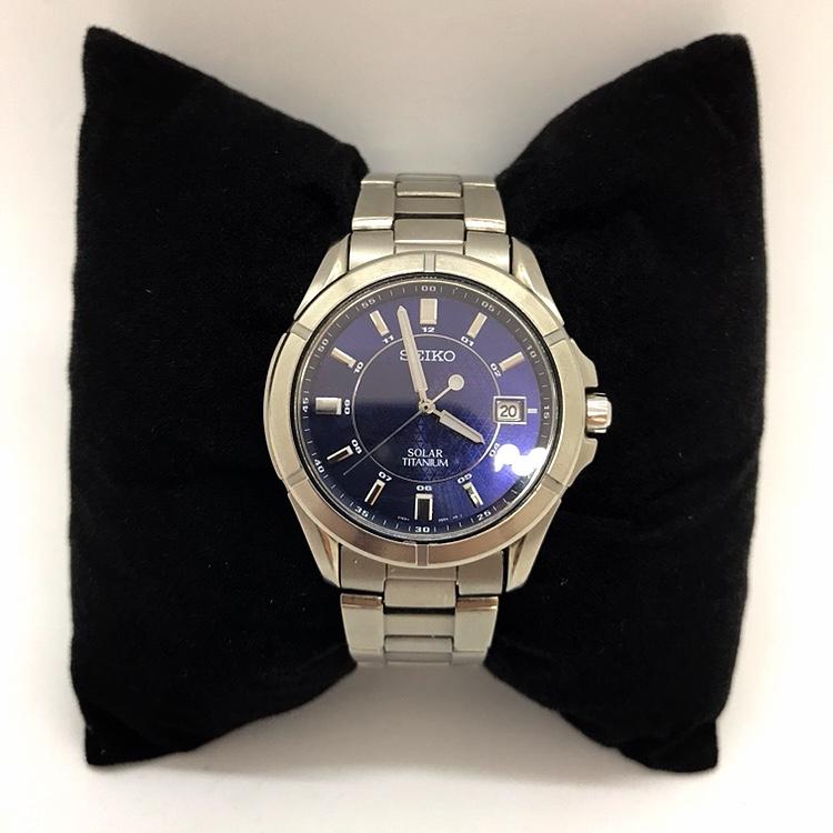 セイコー  ソーラー  チタニウム 腕時計