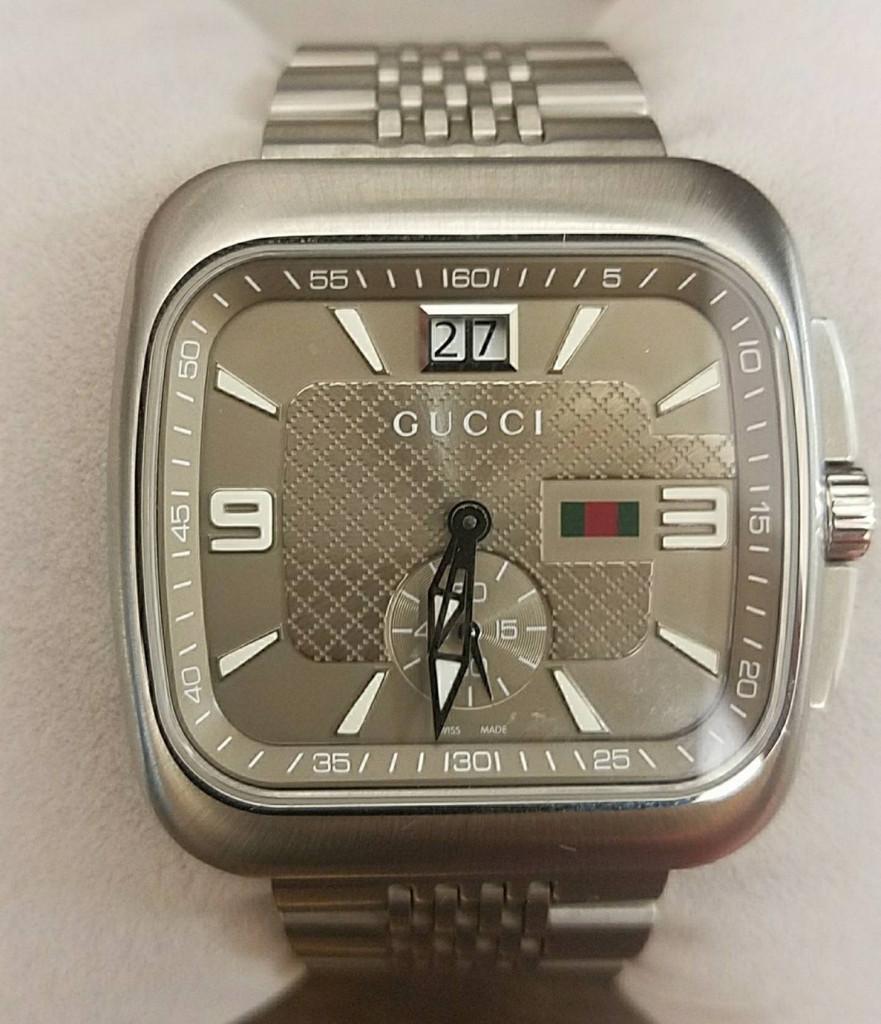 グッチ クーペ 131.3 ビッグデイト メンズ 腕時計