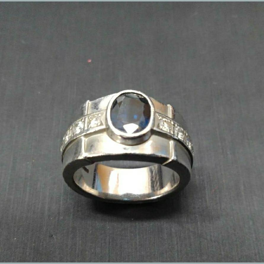 PT900サファイア メレダイヤ付きリング