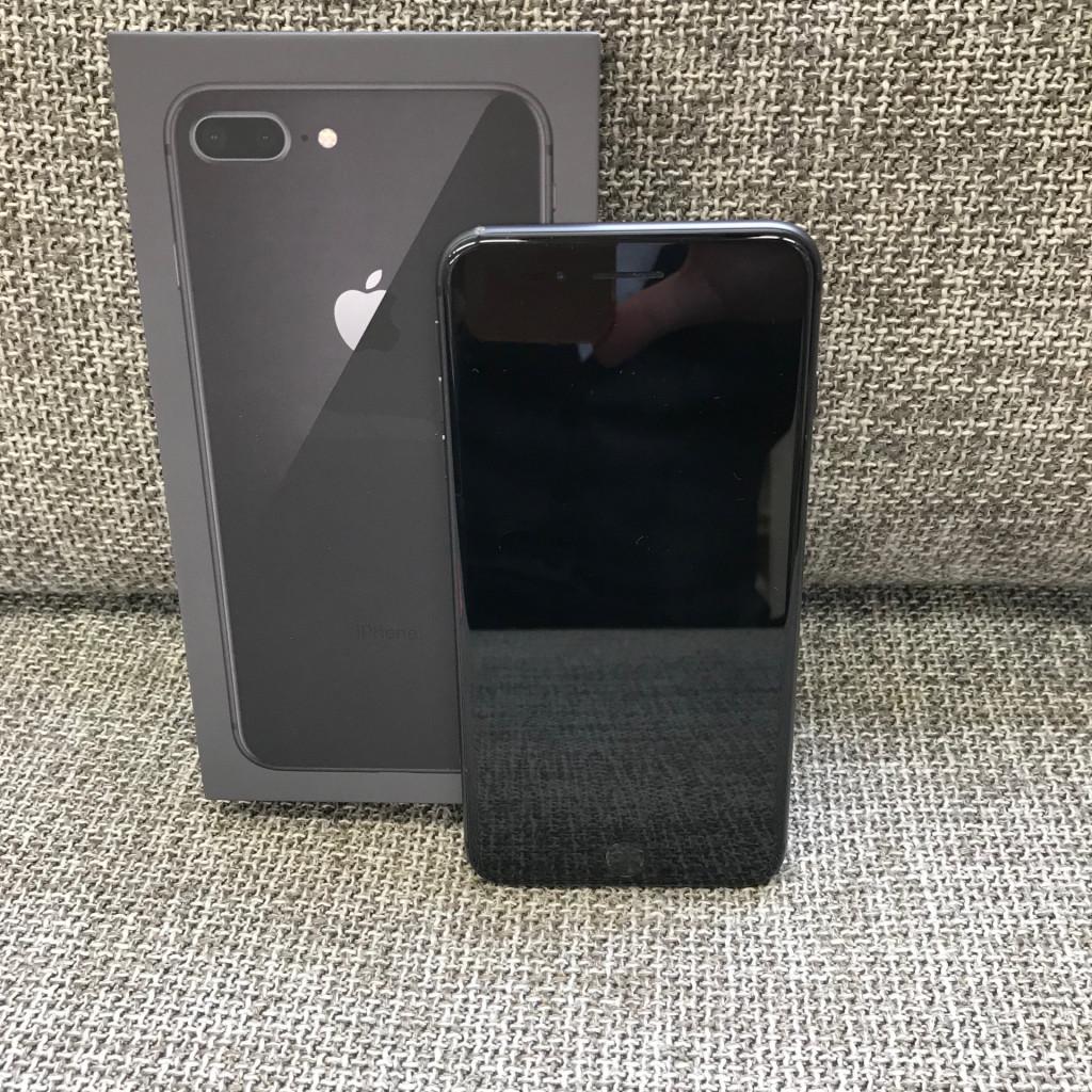 ドコモ Apple iPhone 8 Plus 256GB