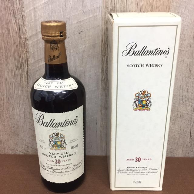 バランタイン30年スコッチウイスキー