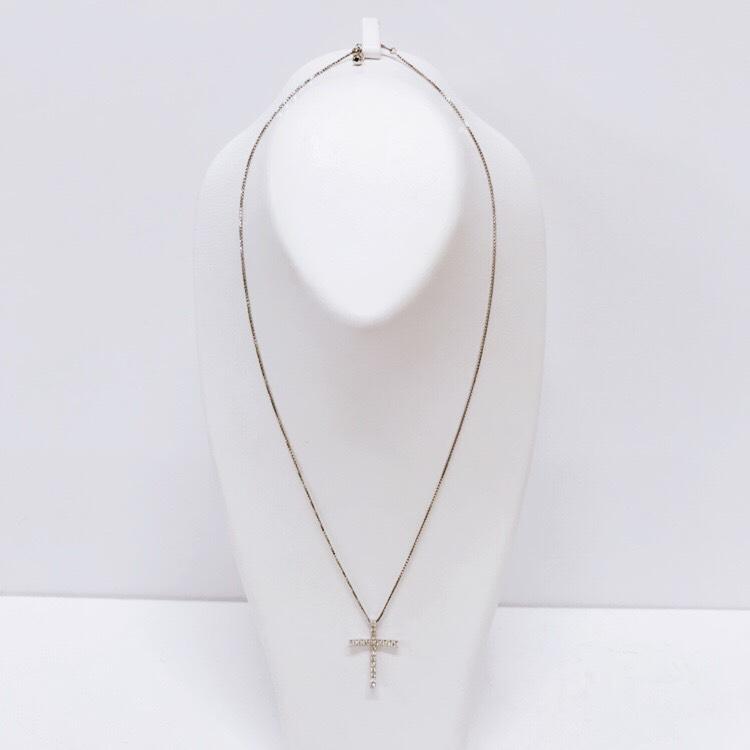 K18WG ダイヤモンドクロスネックレス