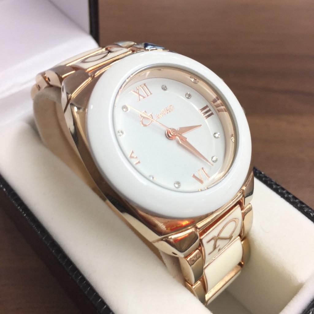 ピンキー&ダイアン腕時計