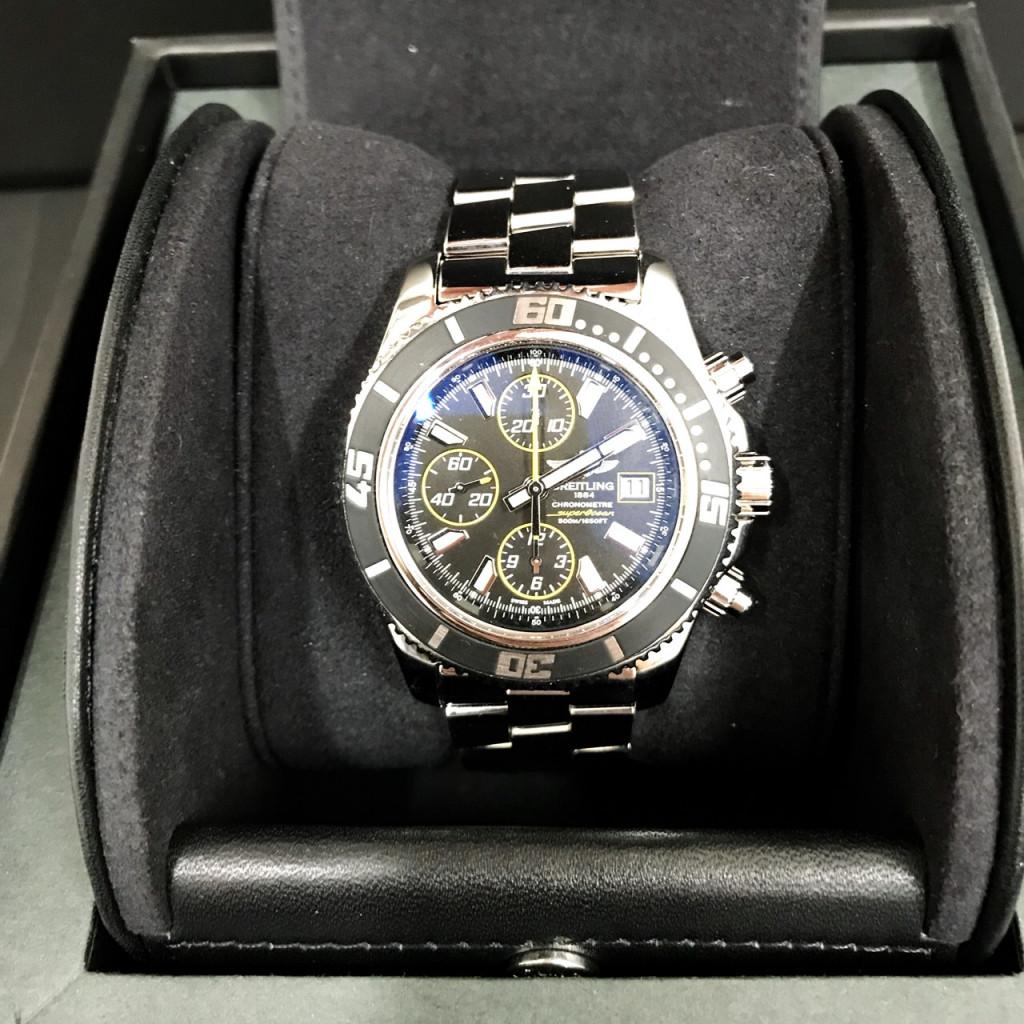 ブライトリング スーパーオーシャン腕時計