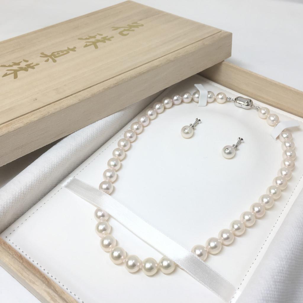【鑑別鑑定書付】専用木箱入り オーロラ花珠高級本真珠 イヤリング・ネックレス2点セット