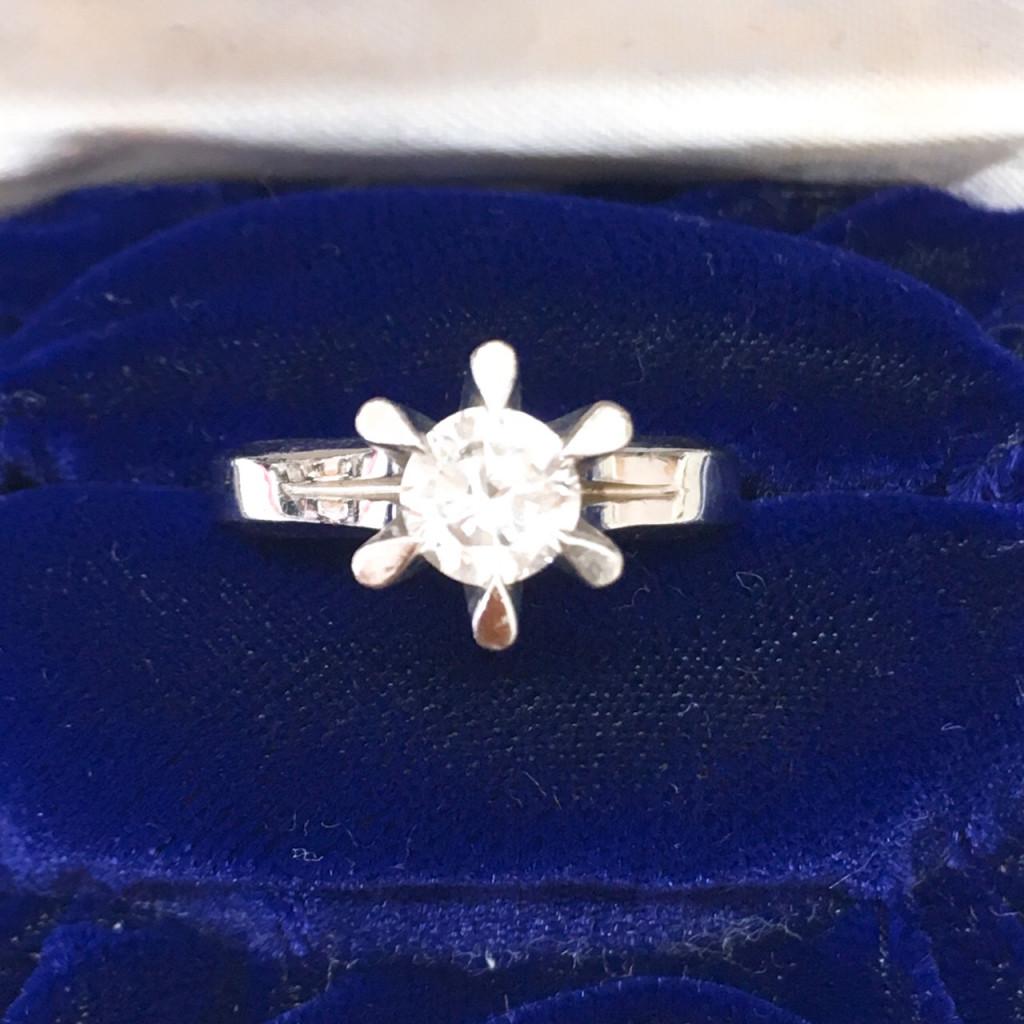 Pt900 ダイヤモンド リング 1.003ct