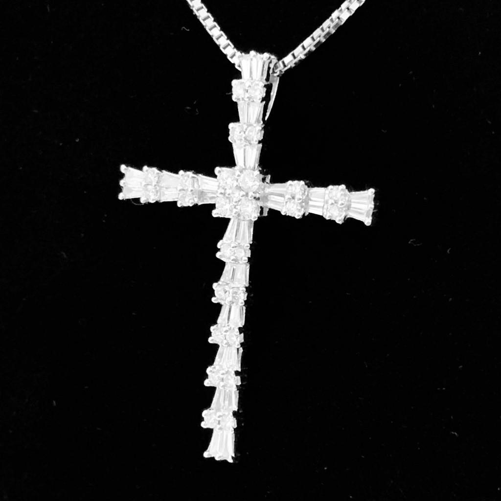 K18WG メレダイヤ (1.35ct)付 ネックレス