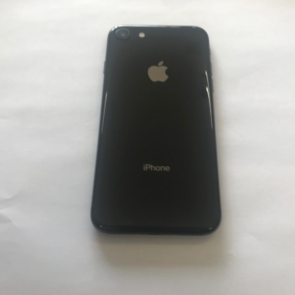 iPhone8 simフリー 64GB