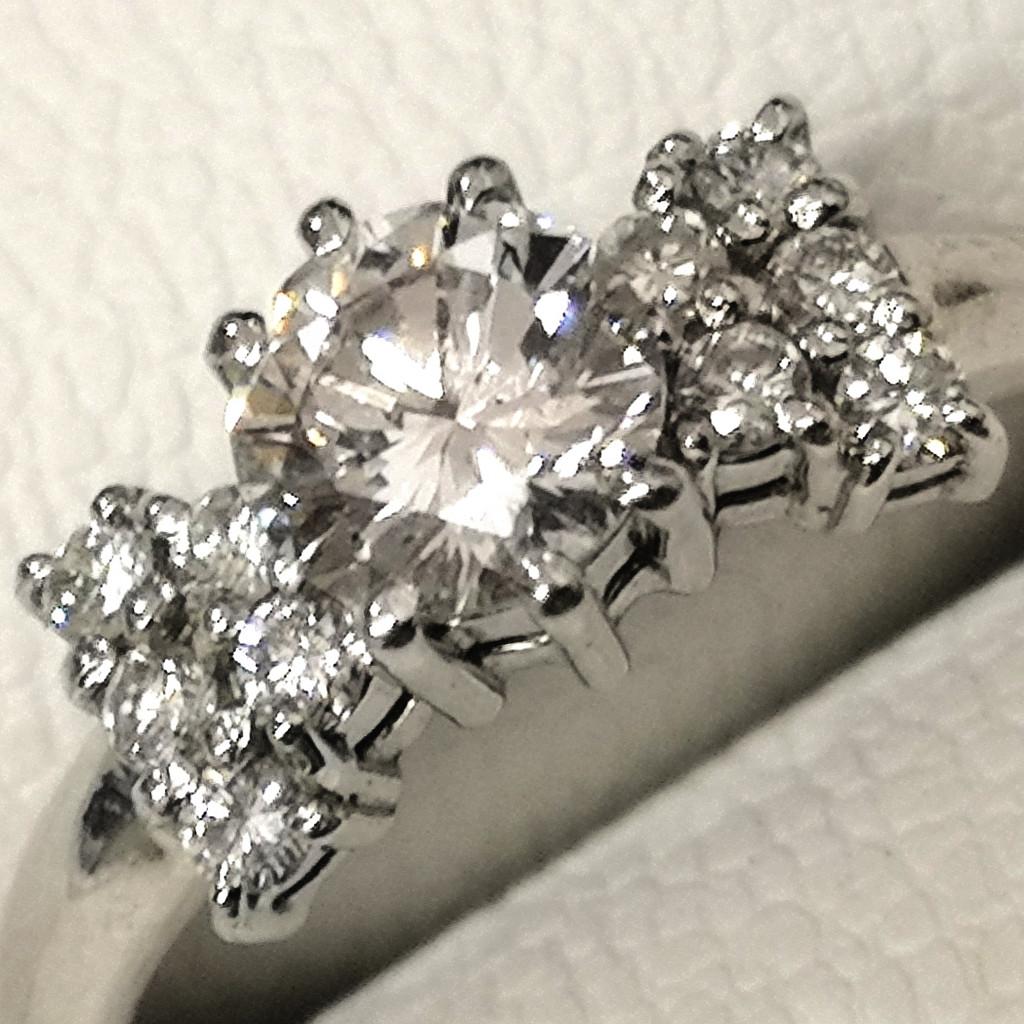 Pt900 ダイヤモンド リング 0.83ct ジュエリー アクセサリー 装飾品 宝飾品 レディース