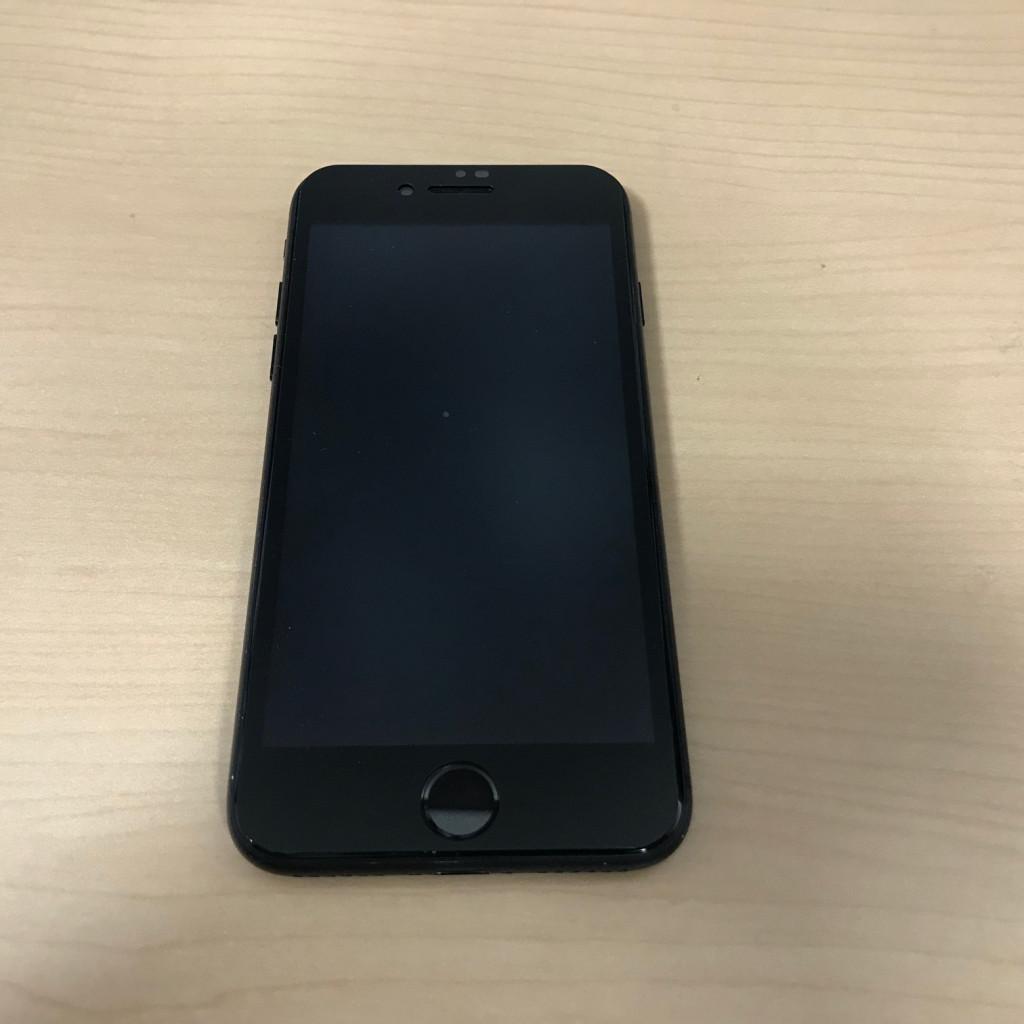 iPhone7  中古
