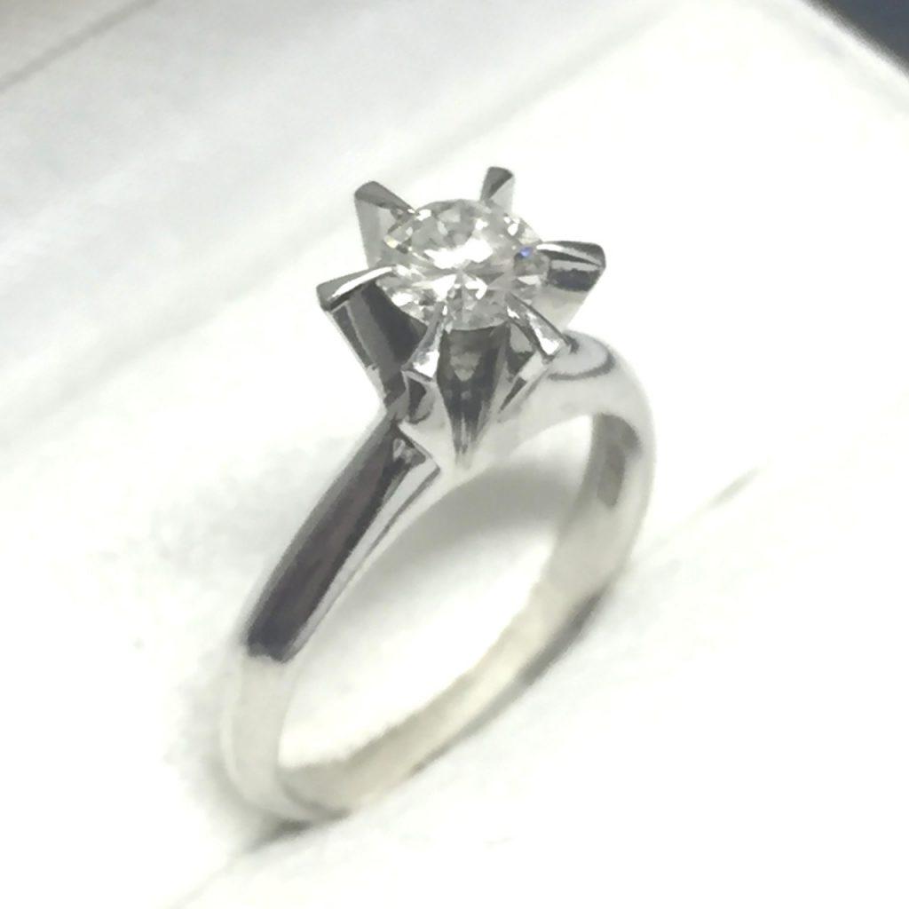 ダイヤモンドの指輪0.41ct