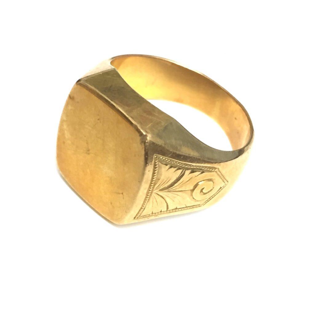 18金の印台の指輪