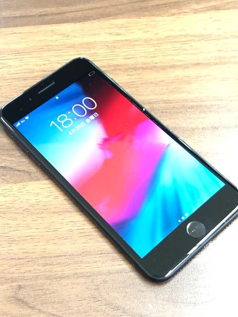 iPhone7プラスブラック128GB