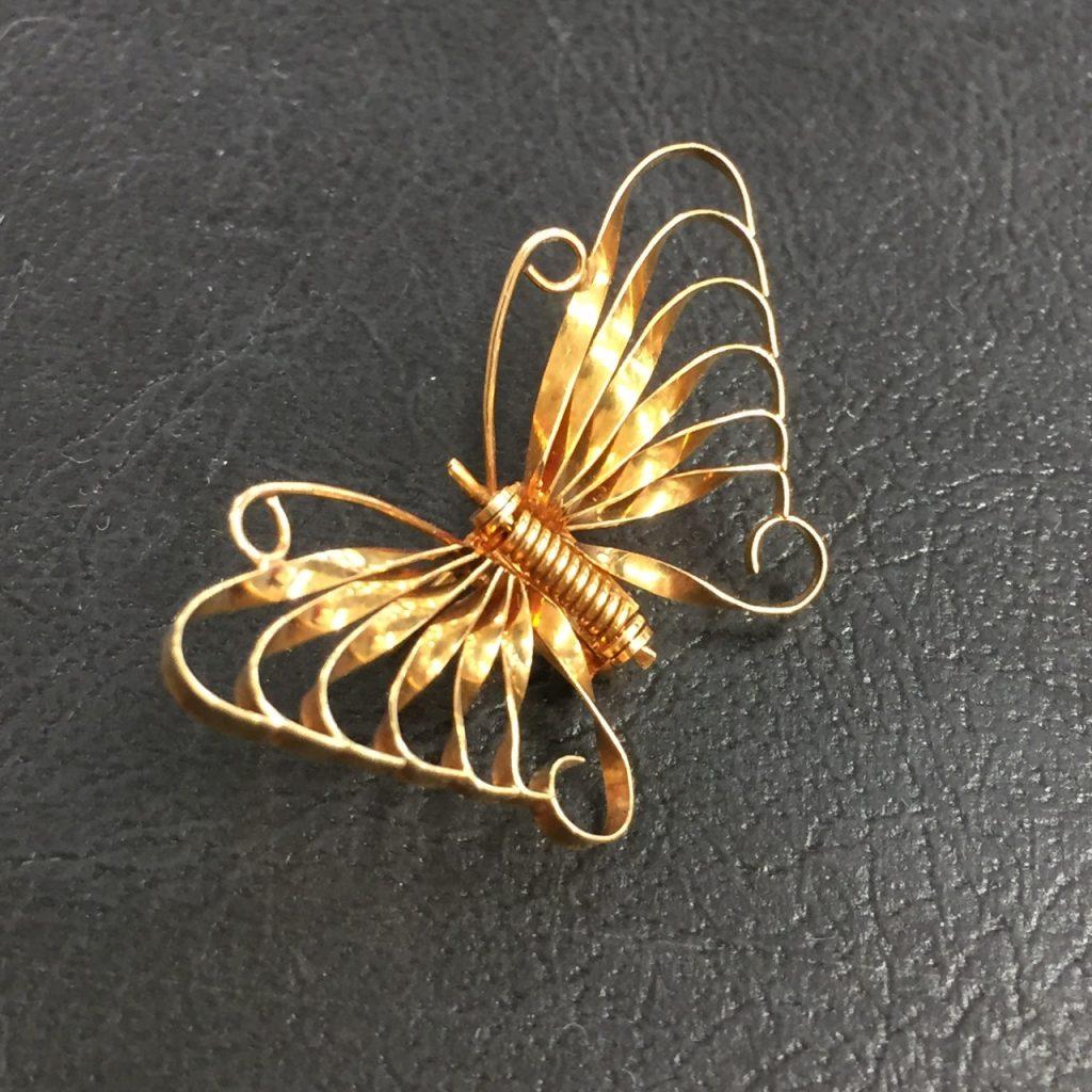 K18蝶々アクセサリー
