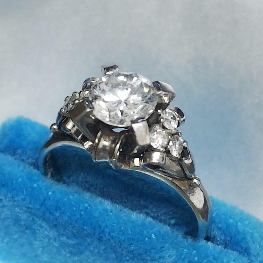 Pt900リング0.82ctダイヤモンド