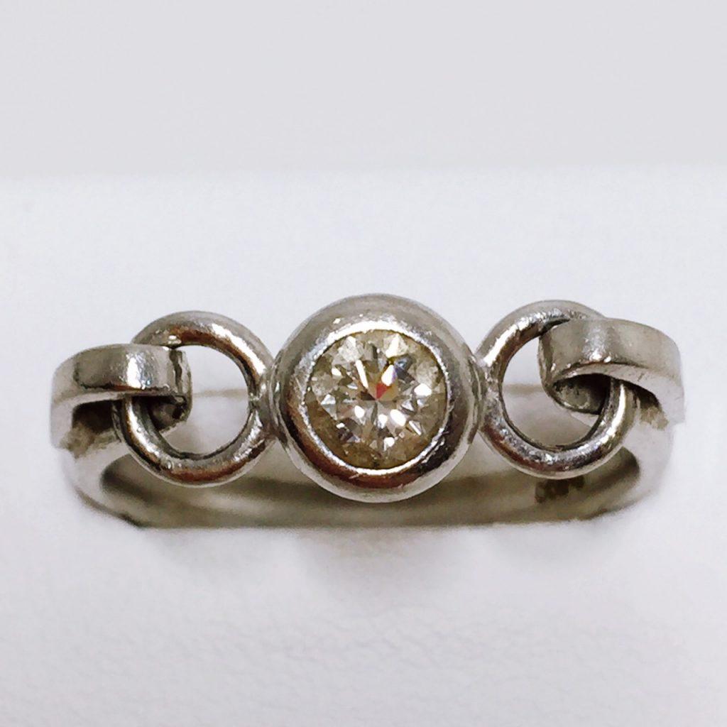 pt900 0.3ctダイヤモンド付き リング