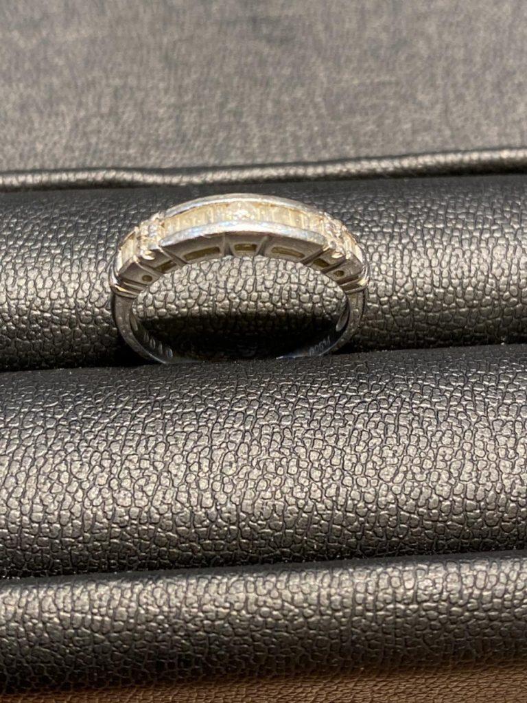 Pt900メレダイヤモンドリング