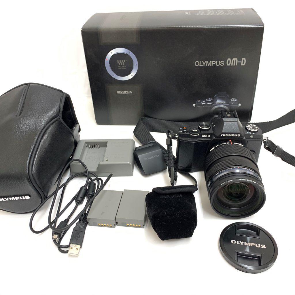 ORYMPUS OM-D E-M5 レンズ 12-40mm f=2.8 PRO