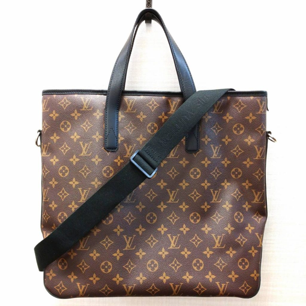 Louis Vuitton ルイヴィトン デイビス モノグラム