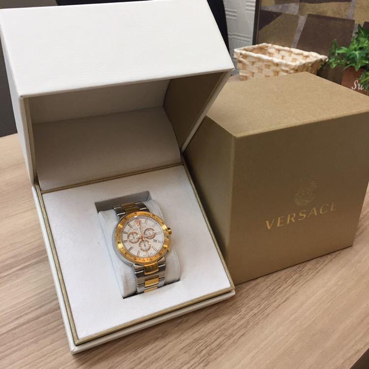 ヴェルサーチ 腕時計
