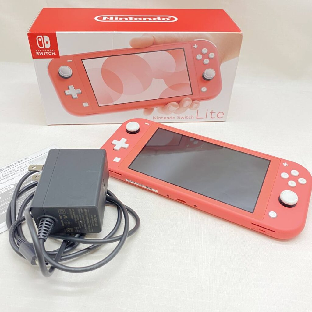 Nintendo Switch Lite コーラル(スイッチライト)