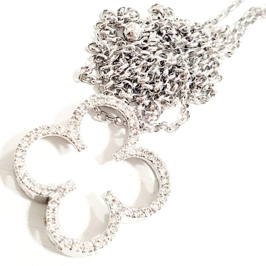 K18WG メレダイヤ付き ネックレス