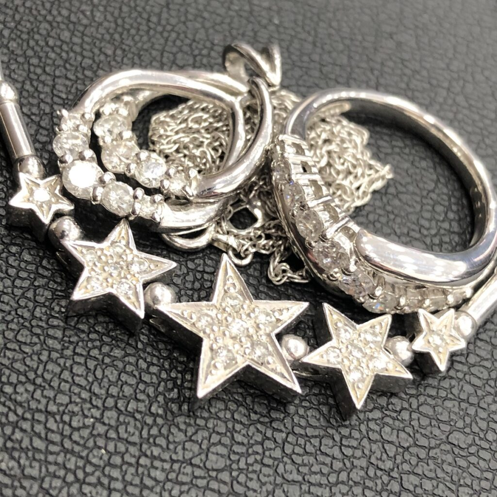 プラチナ ダイヤモンド ネックレス / リング