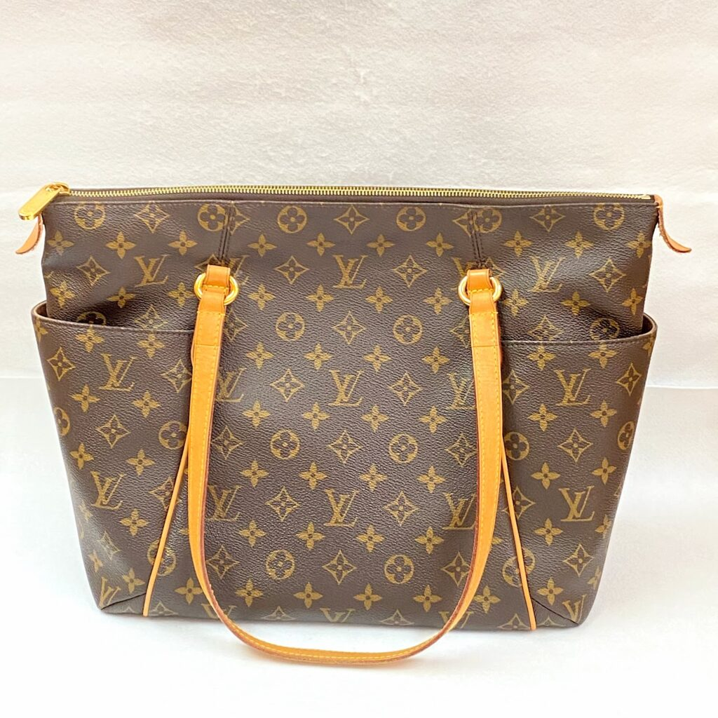 LOUIS VUITTON ルイヴィトントータリー