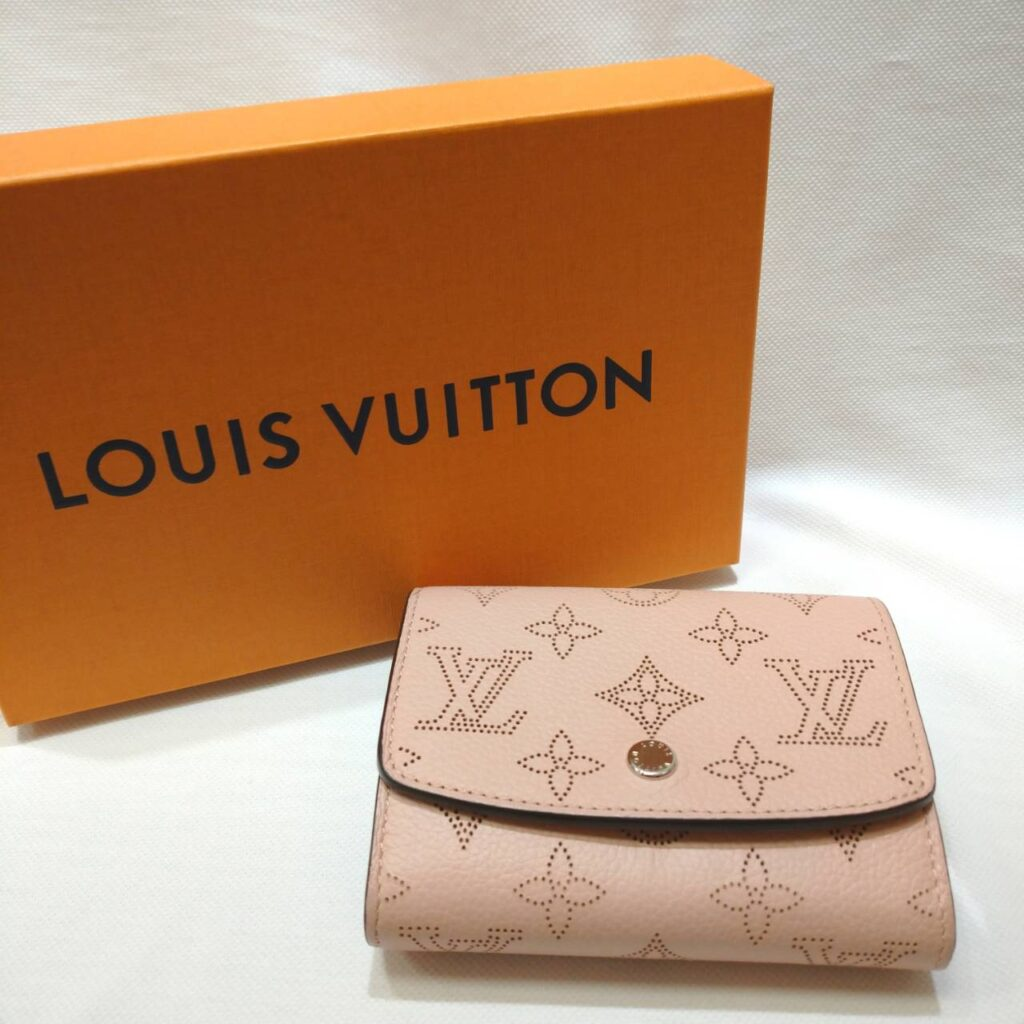 Louis Vuitton ルイヴィトン ポルトフォイユ イリス