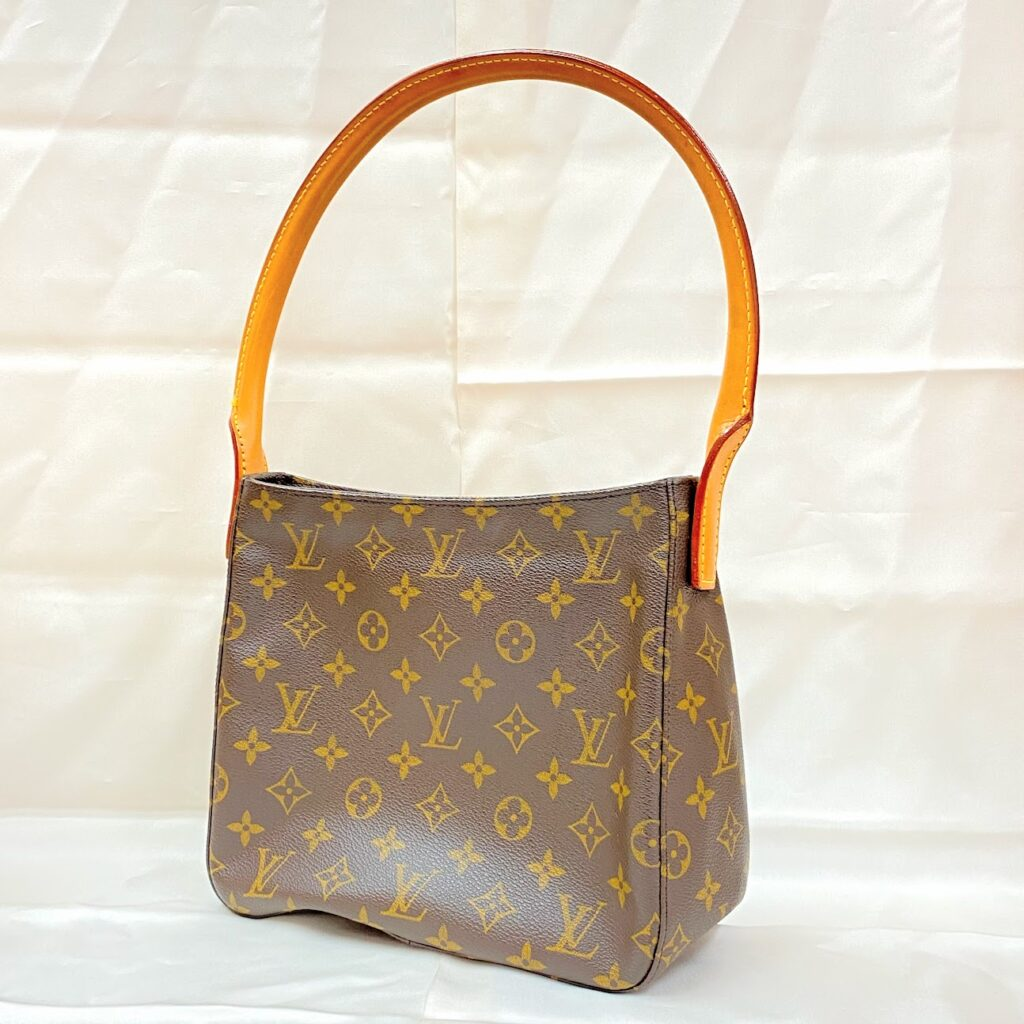 Louis Vuitton ルイヴィトン ルーピングMM