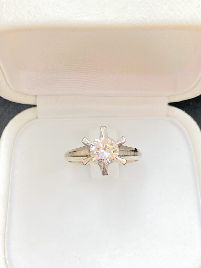 プラチナ900 ダイヤモンドリング(Pt900)