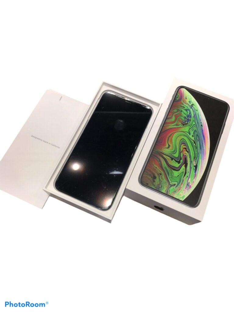 iPhone XS MAX 256GB ブラック