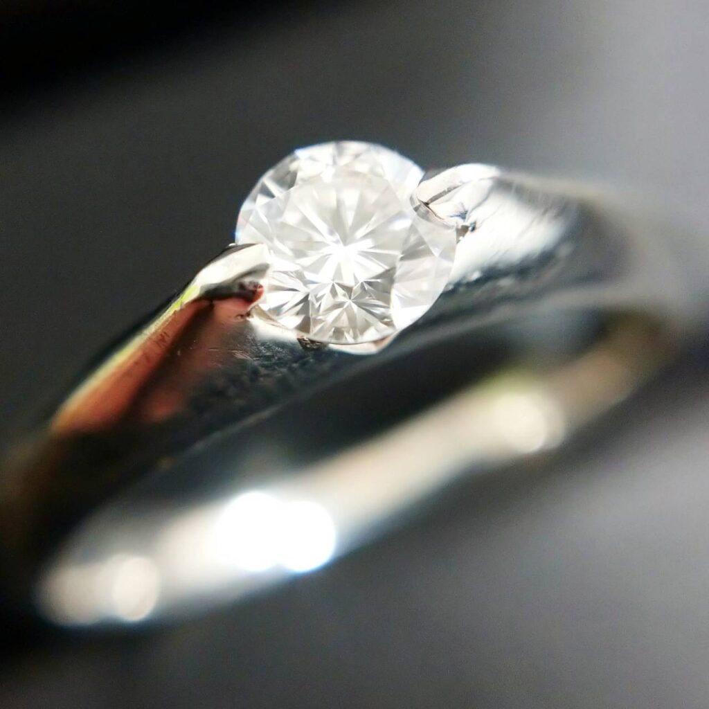 Pt900 プラチナ ダイヤモンドリング