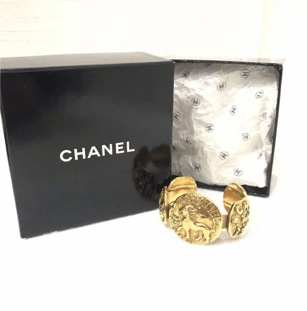 CHANEL バングル