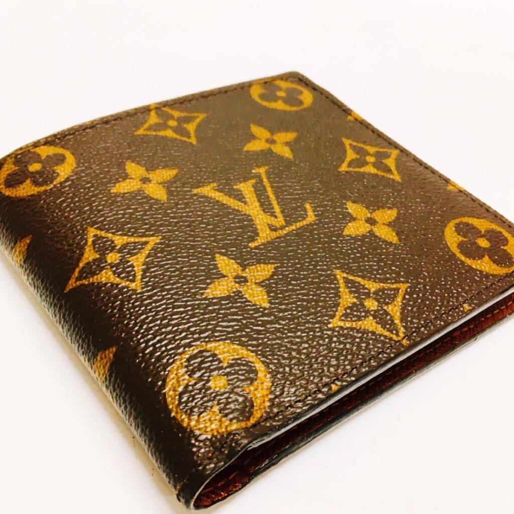 LOUIS VUITTON ルイヴィトン モノグラム ポルトフォイユ・マルコ 二つ折り財布