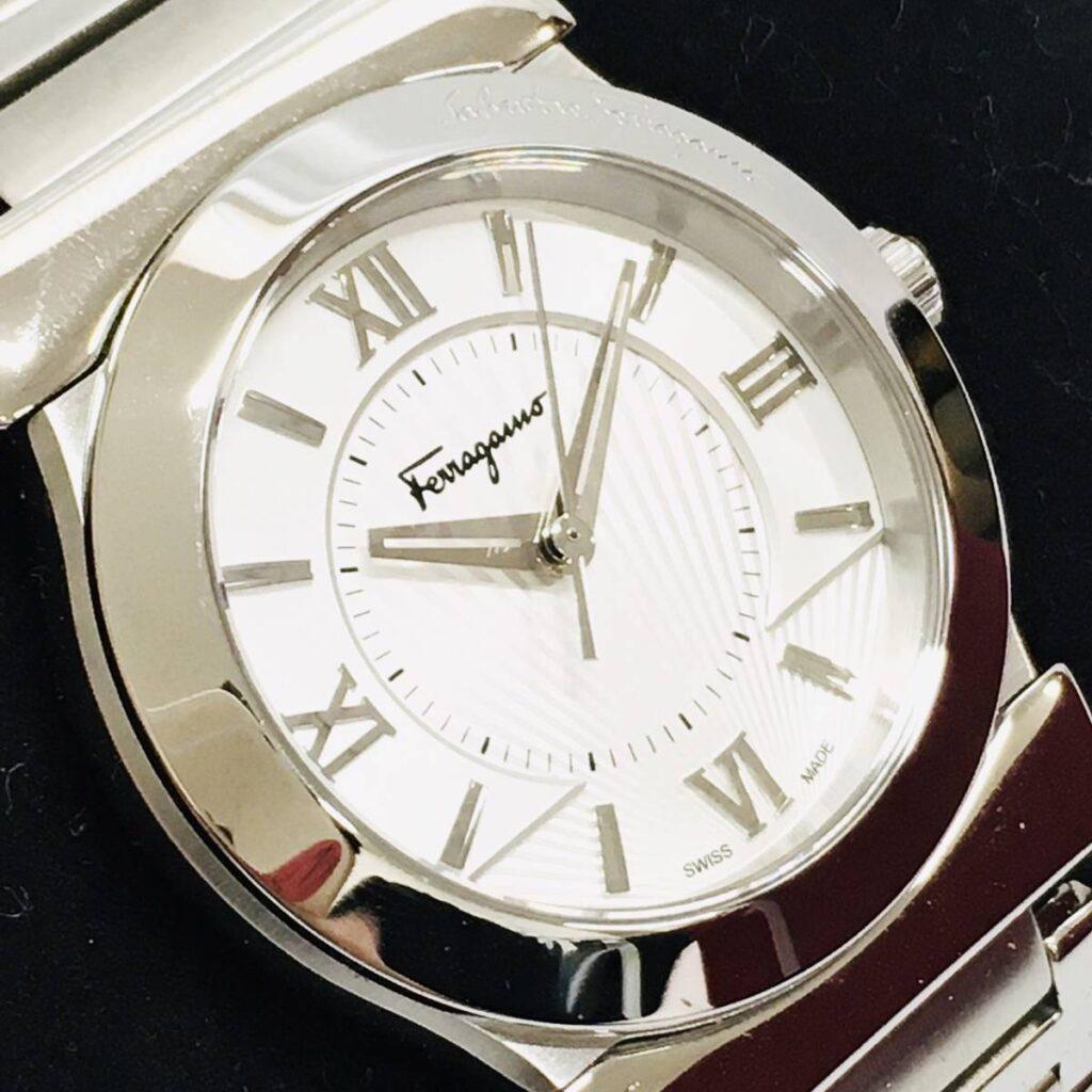 サルバトーレ フェラガモ 腕時計