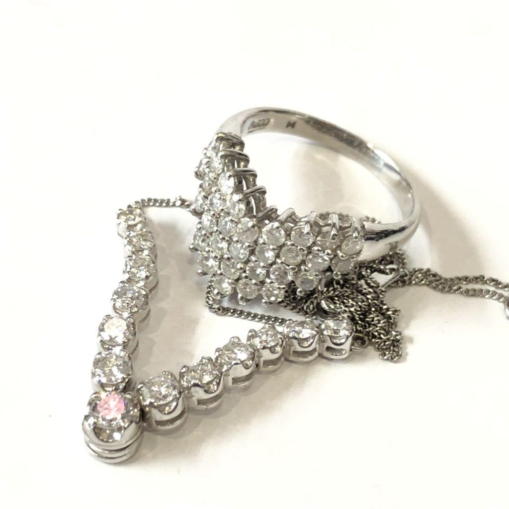 プラチナ メレダイヤモンドリング&ネックレス