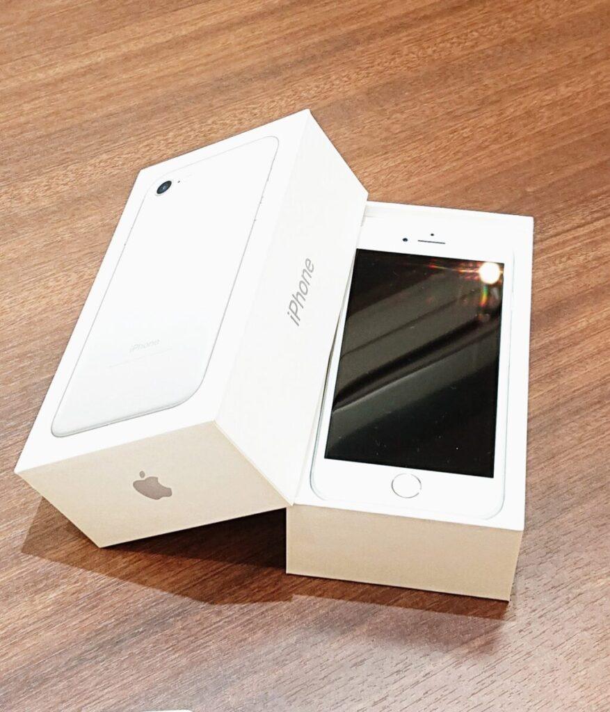 iPhone7 中古 ドコモ シルバー apple 携帯 ケータイ モバイル
