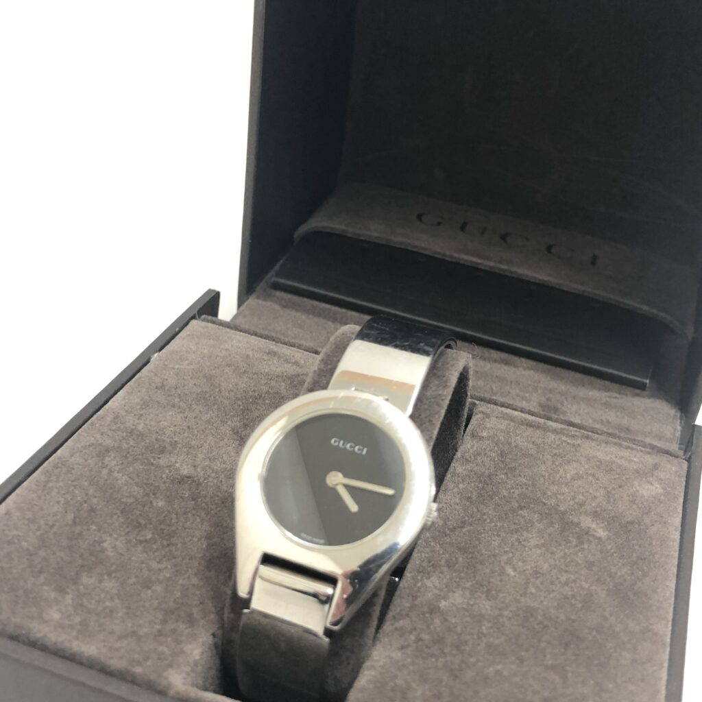 GUCCI(グッチ) レディース腕時計 6700L